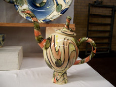 large pedestal teapot