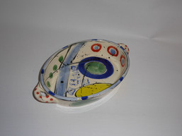 medium oval dish