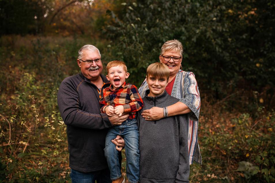 family-photographer-Iowa-37.jpg