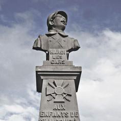 FRENCH WW1 MEMORIAL