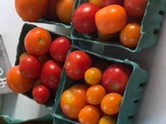 Mixed cherry and salad tomatoes, certified organic