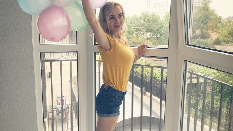 Elena - Fun & Dance