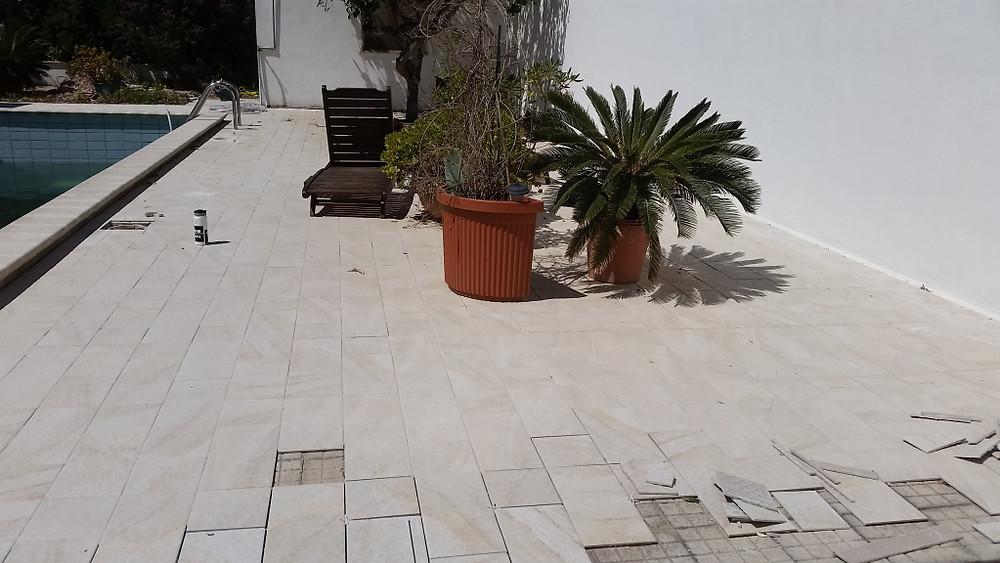 Never ending tiling