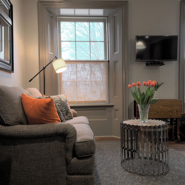 Living area and lamp