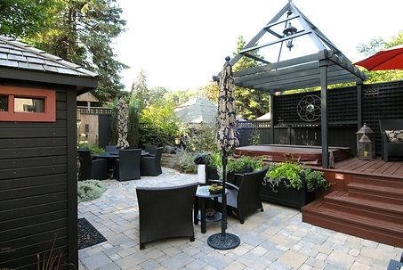 Back yard ecterior design