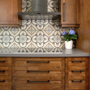 Bold tiles and cook top