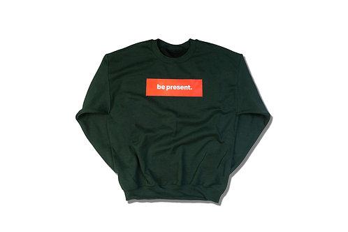 "Pine Green crewneck ""be present"" Box Logo sweater"