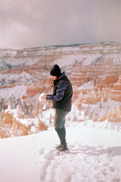 Elizabeth in Bryce Canyon with Snowball