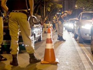 Crime de desacato foi cometido por uma mulher contra dois agentes de trânsito