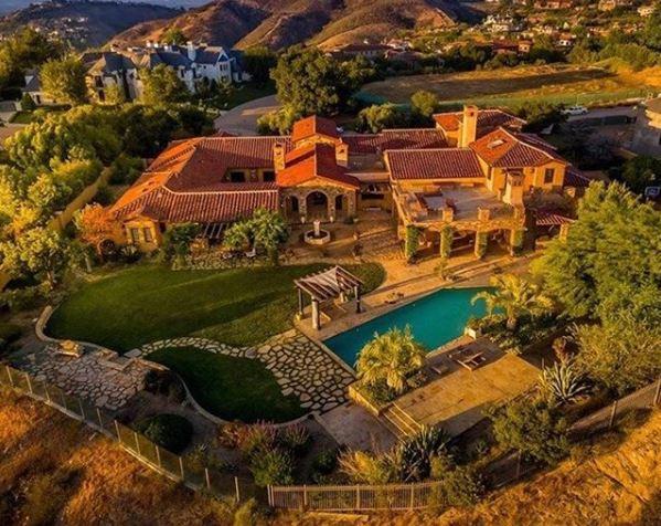 The Estates of The Oaks of Calabasas, Calabasas, CA