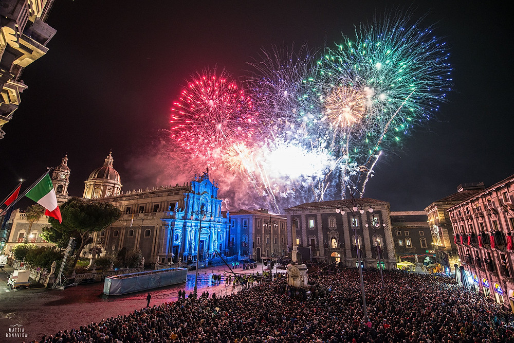 Piazza del duomo a Catania in occasione della festa di Sant'Agata