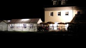 Sommerfest bei Nacht