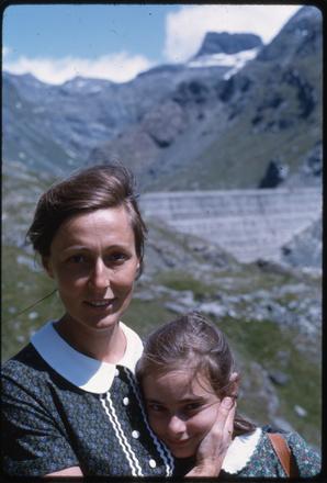 Rosetta e Anna Loy, Gressoney, 1966