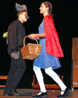 120517 WES WMS Into the Woods play hh 31