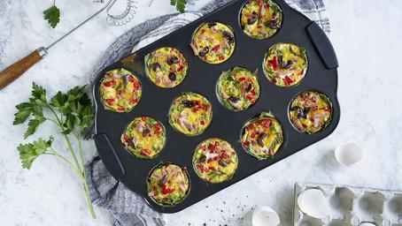 Porsjonsomeletter med Spinat, Skinke og Oliven