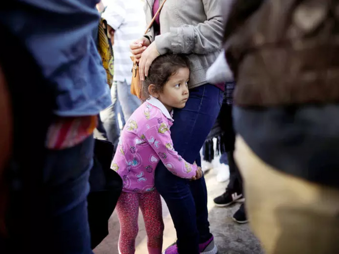 Meet the Women Defending Migrant Children on Our Border