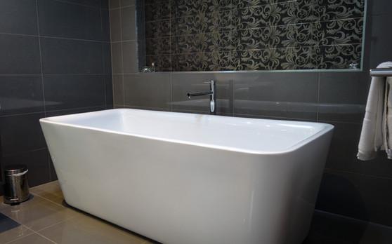 Deep Soak Bath