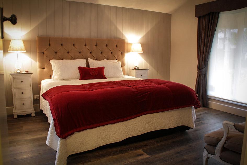 Le Rouge Room.jpg