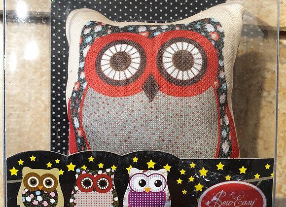 Cute owl pincushion - red