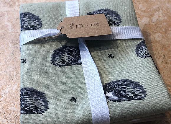 Hedgehog/duck/spot green cotton