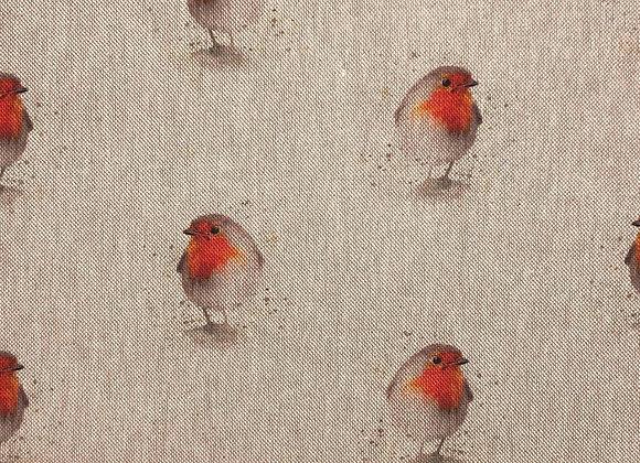 Robin linen look