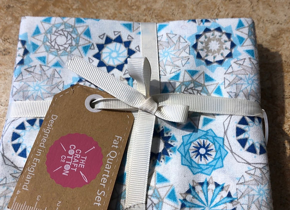 Fat quarters - star facet blues cotton