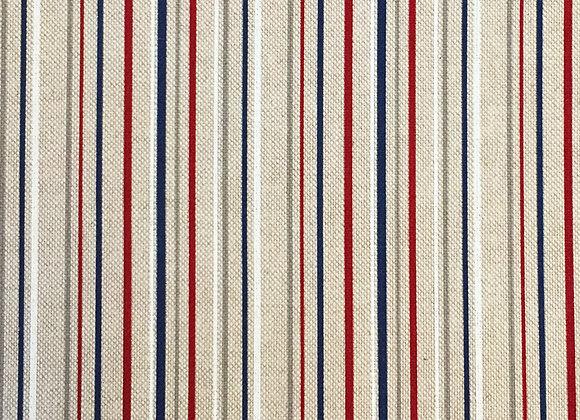 Nautical stripe linen look