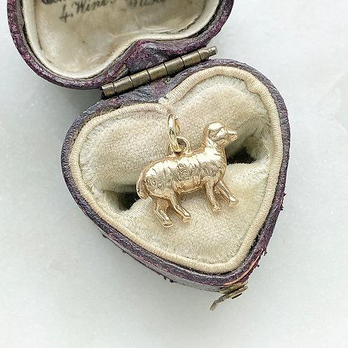 Vintage 1958 9ct gold lamb/sheep charm