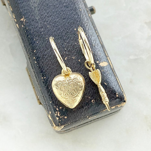 Vintage gold heart and dart/arrow charm hoops
