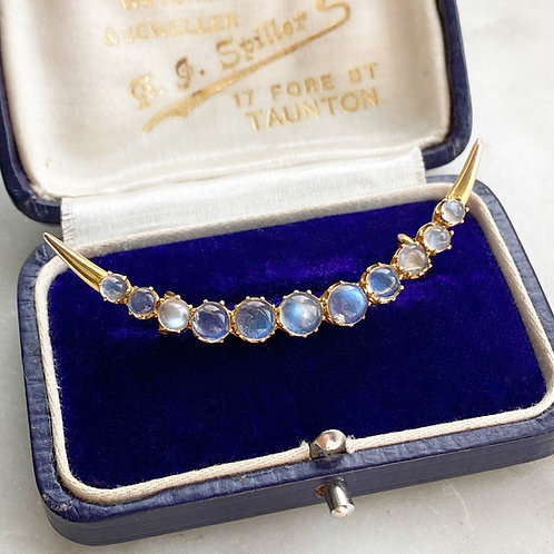 Antique Victorian 9ct gold and moonstone crescent moon brooch
