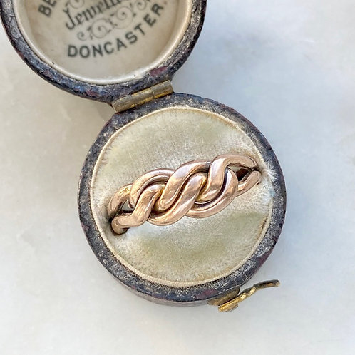 Antique Victorian 1895 9ct rose gold twist/love knot ring