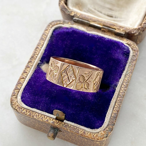 Antique 9ct rose gold shamrock engraved ring