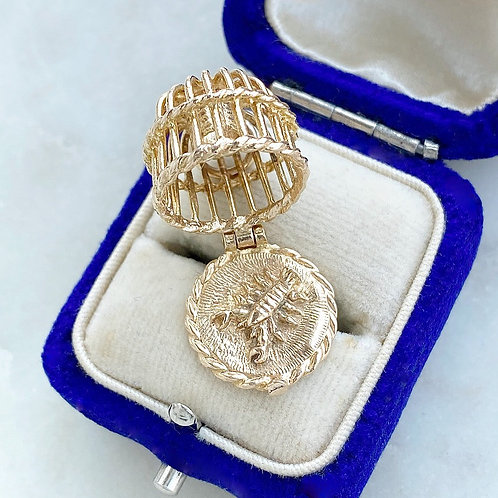 Vintage 1972 9ct gold opening lobster pot charm with lobster inside