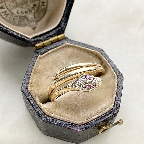 Vintage 9ct gold, diamond and ruby ring