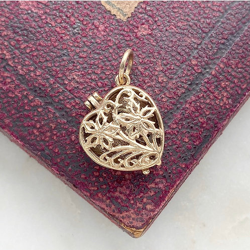 Vintage 1969 9ct gold heart locket charm with ring inside