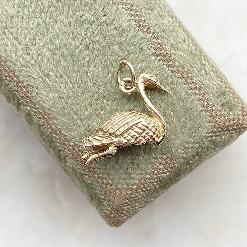 ON HOLD Vintage 9ct gold swan charm