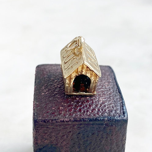 Vintage 1973 9ct gold and enamel opening 'in the dog house' charm