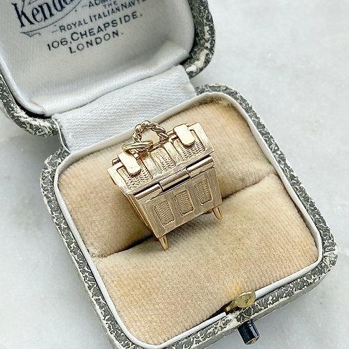 Vintage 1970 9ct gold opening picnic hamper/basket charm