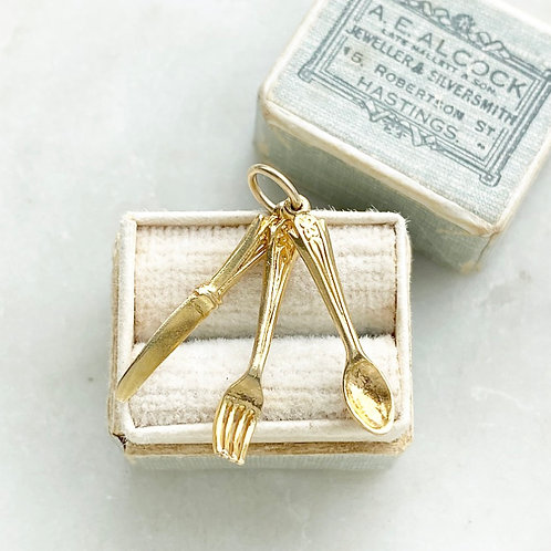 Vintage 9ct gold knife, fork and spoon charm