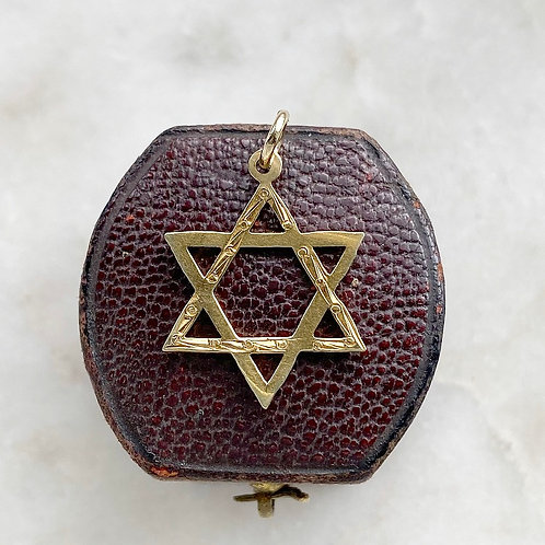 Vintage 1968 9ct gold hexagram six pointed star charm