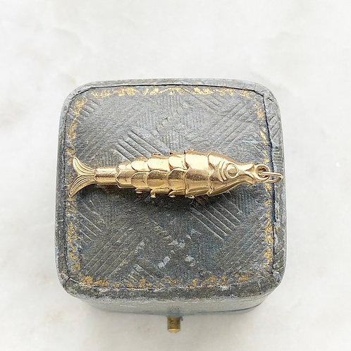 Vintage 1972 9ct gold moving fish charm