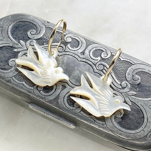 Vintage carved mother of pearl bird and 9ct gold charm hoop earrings