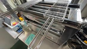 【新品|厨房機器:納品実績】電気カーボンヒーターグリラー|北沢産業|KIG-63B|新品|幅560奥行290高さ365|Eテンポ厨房.COM大阪