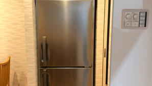 【新品|厨房機器:納品実績】縦型冷凍庫|ホシザキ|HF-63LAT|新品|幅625奥行650高さ1910|Eテンポ厨房.COM大阪