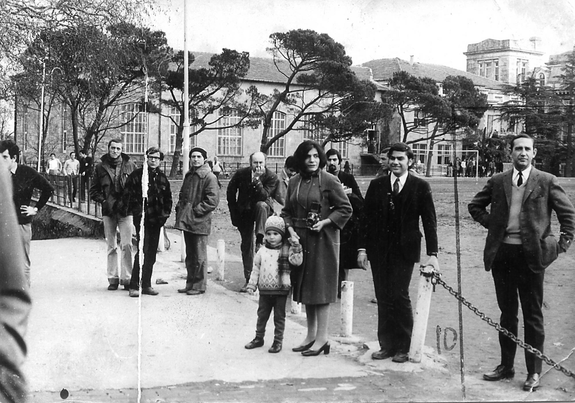 Yıldız Moran and her son Etkin 1970