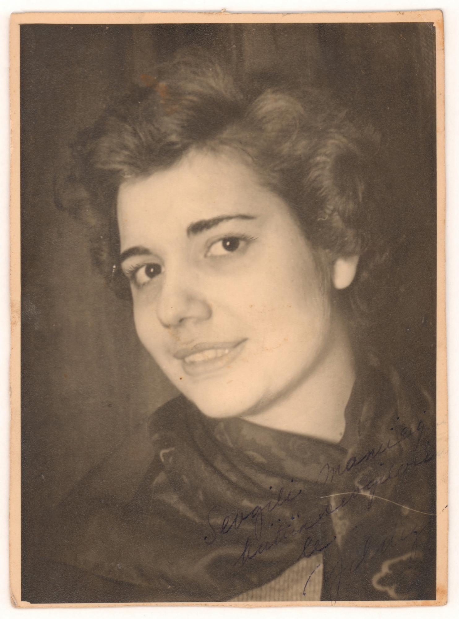 Yıldız Moran, 1947