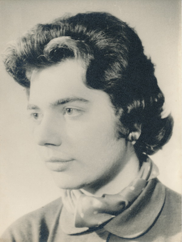 Yıldız Moran 1955