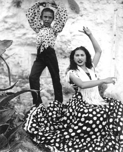 The dancing Gypsies