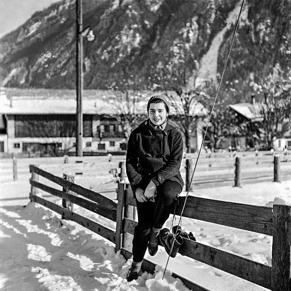 YILDIZ V. MORAN,Finkenberg, Austria 1951