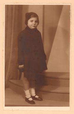 Yıldız Moran, 1937